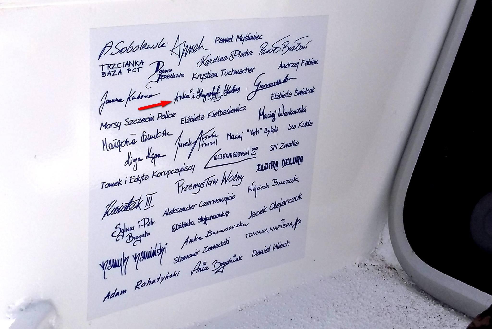 Nasze podpisy w kajaku!