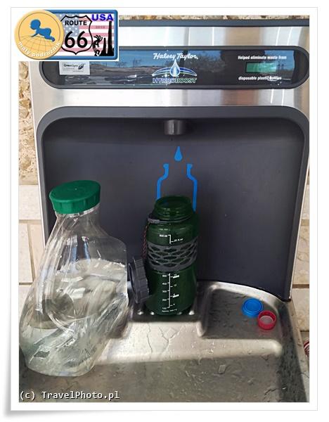 Bottle filling station