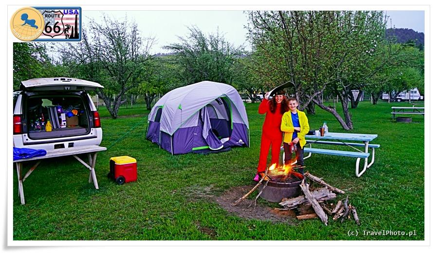 Biwak na prywatnym campingu niedaleko ZION NP.