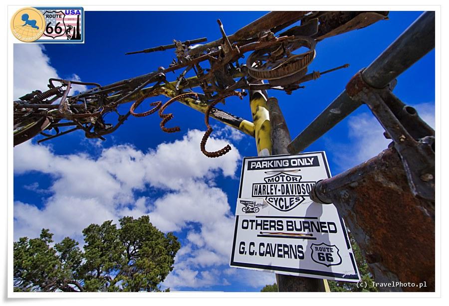 Grand Canyon Caverns - zgadzamy się! W takim miejscu TYLKO Harley Davidson!