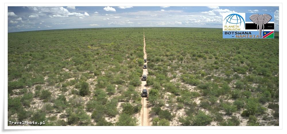BOTSWANA - nasze samochody na Central Kalahari